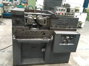 Pee Wee S 831 Thread rolling machine