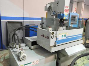 Aristech CNC 430 Senkerodiermaschine