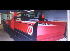 Vodní řezací stroj Phoenix CNC AQUA IMPALE 3015
