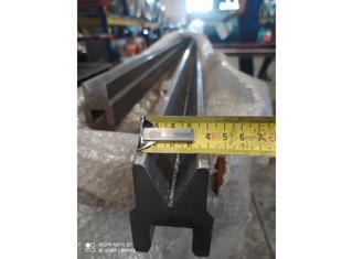 - 8000 x 200 ton P01105026