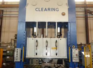 Clearing 550ton Presse
