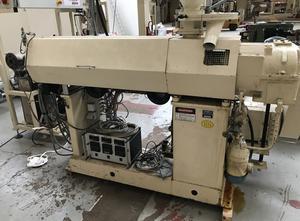 Stroj na vytlačování - Extrudér jednošroubový Daniels E817013