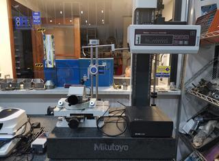 MITUTOYO CONTRACER CV-2100M4 P01113187
