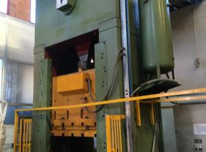 Used Radaelli 350ton metal press