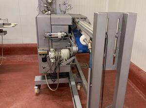 Krájecí stroj na maso POLY-CLIP ICA 8700
