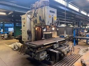 Kendall and Gent CVM 40 milling machine