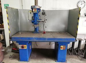 - Vysokorychlostní vrtačka Pillar drilling machine