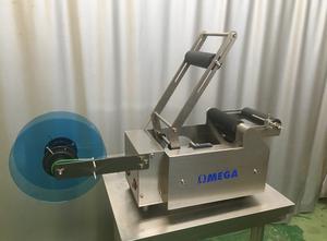 OMEGA CNC SYSTEMS Llenadora semiautomática-monodosis aceite Etikettiermaschine