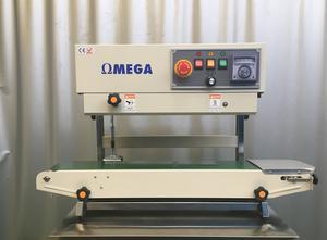 OMEGA CNC SYSTEMS Selladora de bolsas de banda automática Tray sealer