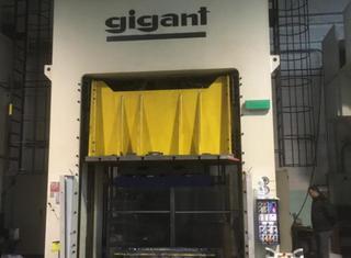 Gigant 630ton P01126095