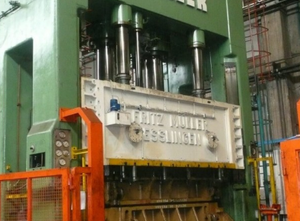 Used Müller 1200ton metal press