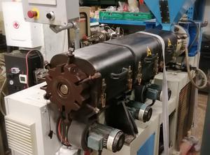 Lario machinery 60-25 Одношнековый экструдер