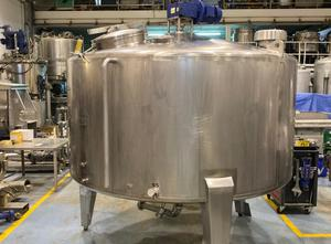 Tank 4800 liters Behalter