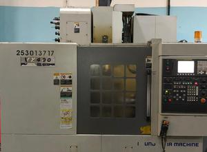 Hyundai VX400 Bearbeitungszentrum Vertikal