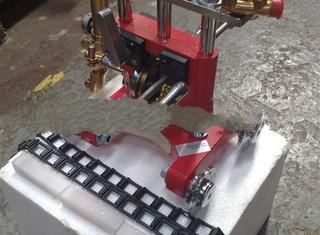 Chain pipe cutting machine - P01230054