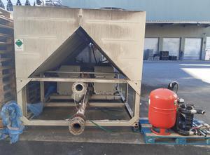 DAIKIN EWAQ610F-XL0D8 Оборудование для охлаждения жидкости