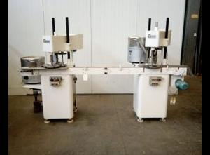 Uzavírací stroj STRUNK VM3