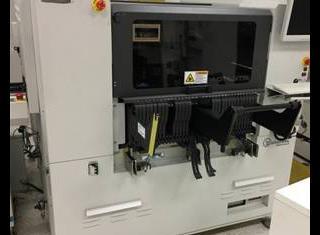 Universal Advantis AC72 P10107071