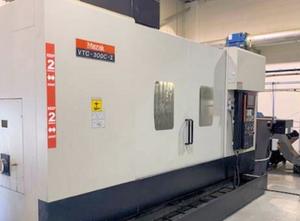 Mazak VTC 300C-II Bearbeitungszentrum Vertikal