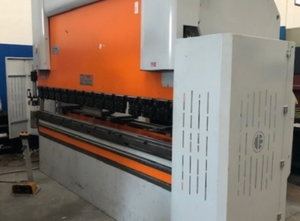 Prasa krawędziowa CNC/NC Ermaksan SPEED BEND 3100 X135 TON