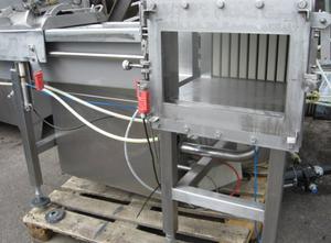 Mlékárenský stroj - výroba sýru, porcování a balení Wright Pugson C30