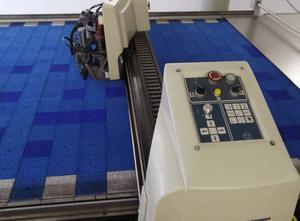 Automatický řezací stroj Gerber S-3200