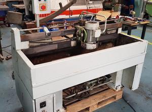 SILESIA Opava A 11 - delka stolu 1160 mm Werkzeugschleifmaschine