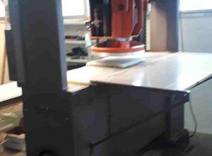 Automatický řezací stroj FIPI F63