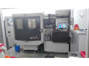 Fanuc ROBOCUT ALPHA-OiA Wire cutting edm machine