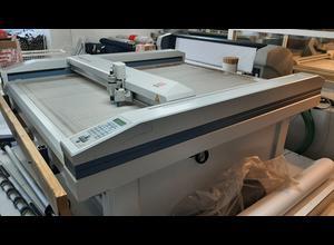 Automatický řezací stroj Zund M-1600
