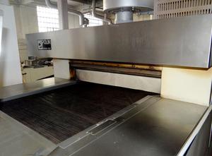 Línea completa de producción de bizcochos y grissini Polin / Sancassiano / Record 130