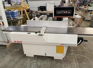 SCM F410 P210304043
