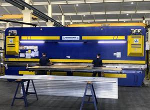 Novastilmec SHP 130/80 Abkantpresse CNC/NC