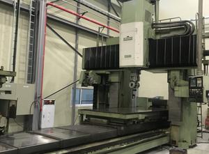 Okuma MCR-20B Portalfräsmaschine