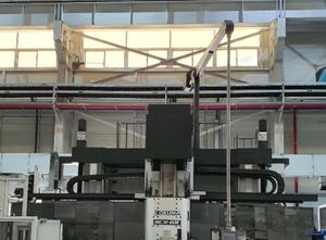 Pionowe centrum obróbcze Okuma MCR-B III