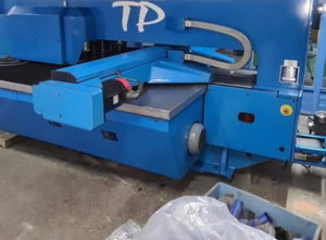 Finn-Power TP 2020 Stanzmaschine