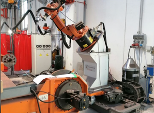 Used in excellent conditions Kuka  Kr 16 Industrial Robot