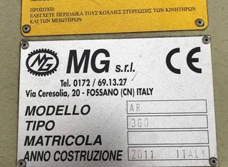 MG AR 360 P210323068