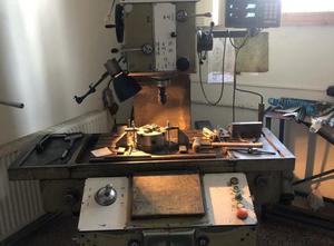VEB Mikromat BKoE 400 x 630 Tischbohrwerk