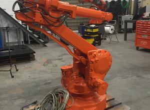 Robot industriel ABB IRB 2400L S4CPlus M2000