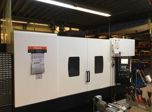 Mazak VTC-300-C-II Bearbeitungszentrum Vertikal