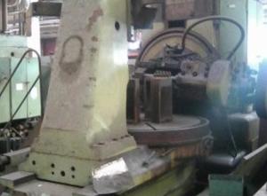 TOS FO 16 Zahnrad-Abwälzfräsmaschinen