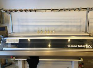 Shima Seiki SSG 122SV 14 gauge flat knitting machine