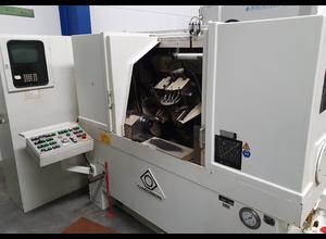 Klingelnberg SNC 30 Zahnradfräsmaschine