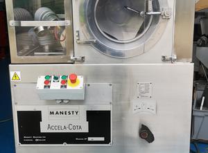 Stroj na potahování tablet Manesty 10
