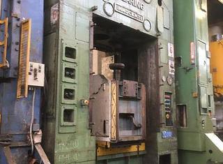 Clearing INNOCENTI 300 ton P210309065