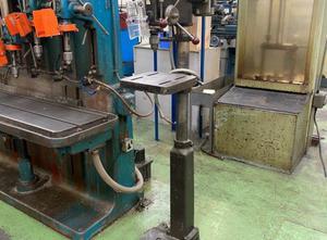 Qualters and Smith QDM 750 Pillar drilling machine