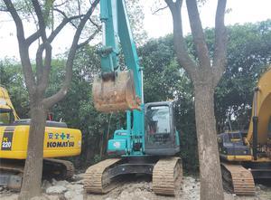 Excavadora / Topadora / Cargadora Kobelco SK200-8