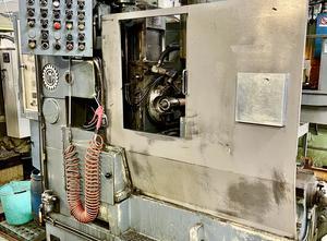 CIMA P4 AUR Zahnrad-Abwälzfräsmaschinen
