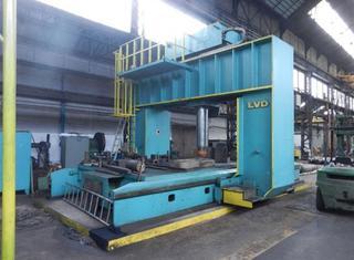 LVD 400 ton P210521108